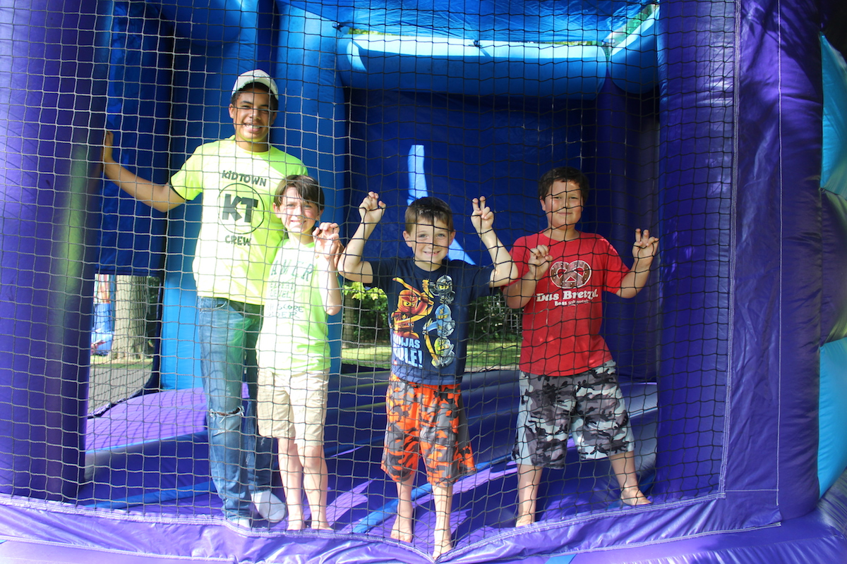 Duneland Chamber Brings the Community Together For a Party in the Park