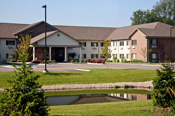 Rittenhouse Village of Portage Welcomes New Program Coordinator and Assistant Director of Nursing