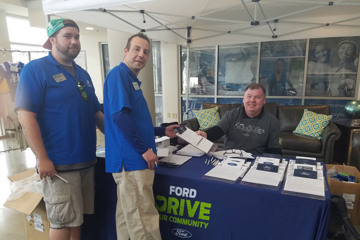Lake Shore Ford Partners with Boys & Girls Clubs of Greater Northwest Indiana to host Drive 4 UR Community Fundraiser